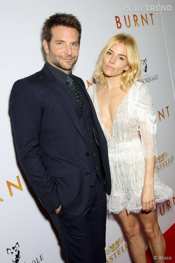 Sienna Miller et Bradley Cooper sur le red carpet, un véritable duo de choc.