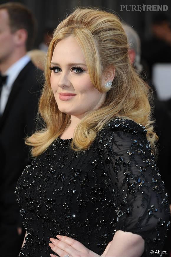 Adele a écrit une longue lettre à ses fans pour annoncer son retour.