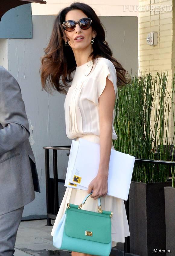 Amal Clooney : le style dans la peau. Elle s'habille mieux que Kate Middleton selon les Anglais !