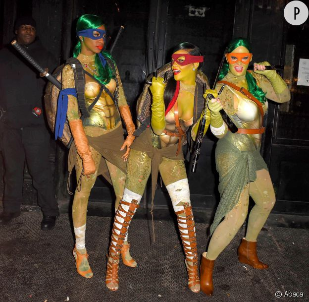 Rester sexy en Tortue Ninja ? Défi relevé par Rihanna.