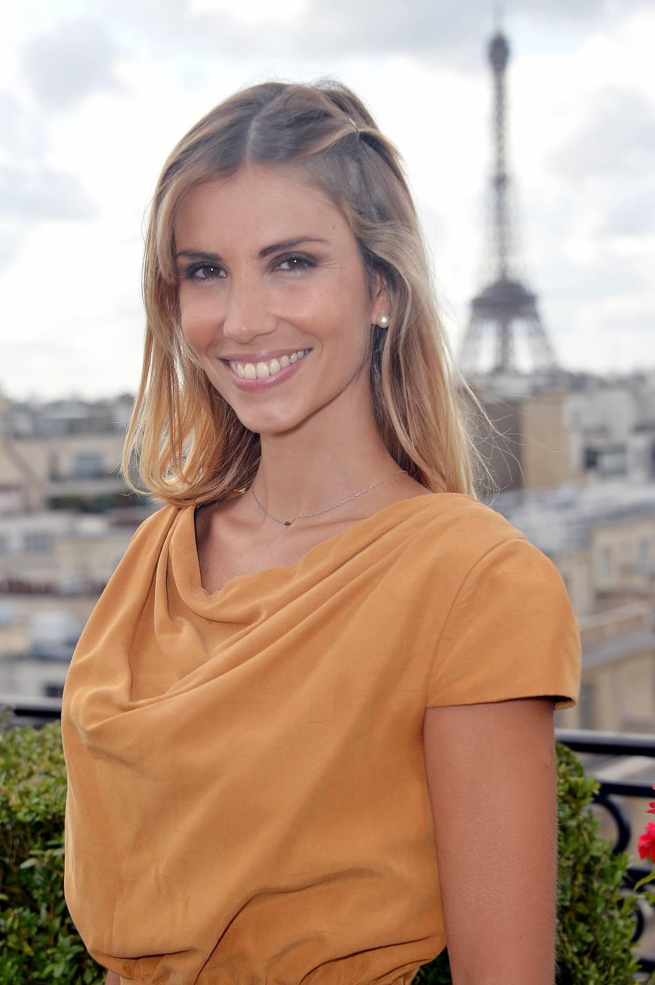 Alexandra Rosenfeld a partagé un cliché d'elle dans les bras de son beau brun.