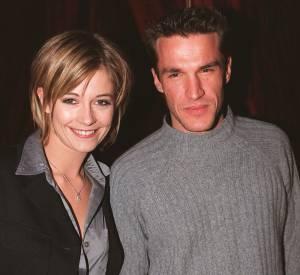 """Benjamin Castaldi et Flavie Flament en mars 2001, quelques mois après leur """"coup de foudre"""" sur plateau de l'émission des """"P'tits princes"""" sur TF1."""