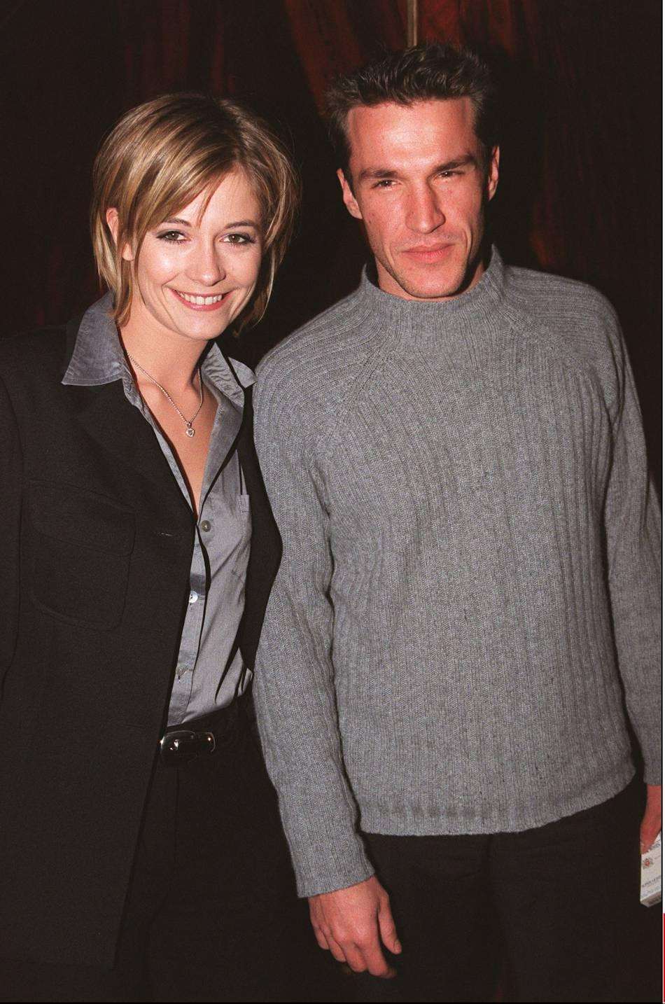 """Benjamin Castaldi et Flavie Flament en mars 2001, quelques mois après leur """" coup de foudre """" sur plateau de l'émission des """"P'tits princes"""" sur  TF1 ."""