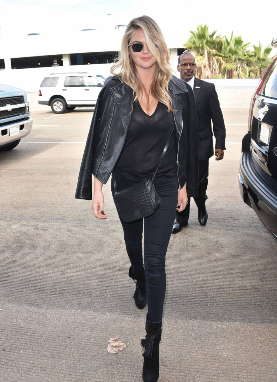 Kate Upton, le total look noir à copier !