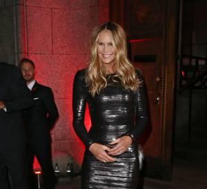 Elle Macpherson assiste à une soirée de la Veuve Clicquot à Londres.