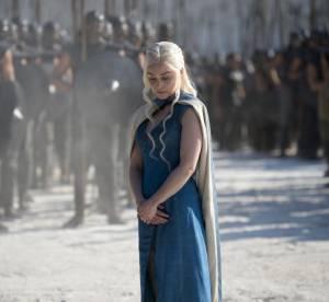 Game of Thrones : que porte Emilia Clarke sous ses costumes ?