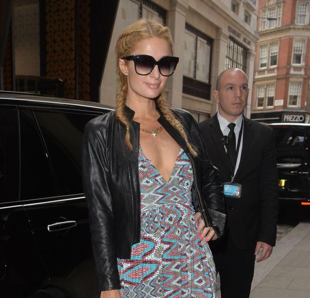 Paris Hilton apparaît très sexy à Londres après l'annonce de sa séparation avec son petit ami, Thomas Gross.