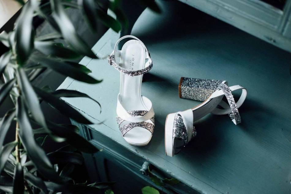 Jonak Wedding se réinvente pour proposer des paires modernes et pétillantes.