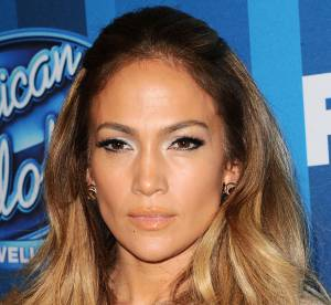 Jennifer Lopez : au naturel, la diva pose pour un selfie mignon avec ses enfants