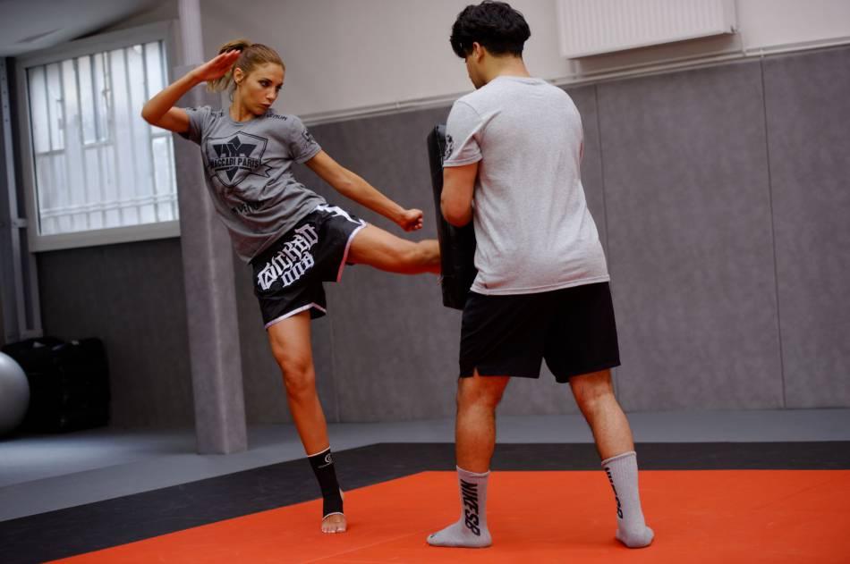 Boxeuse Sexy ariane brodier : boxeuse très sexy, elle met tout le monde k.o.