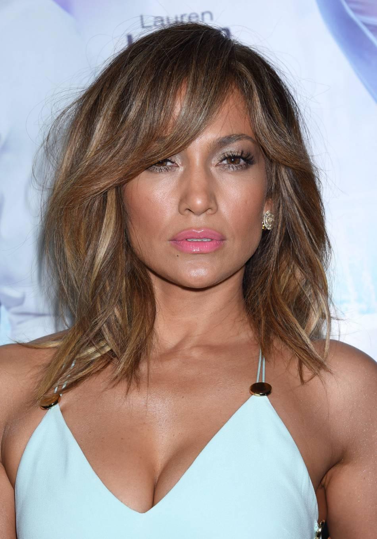 Jennifer Lopez se dévoile sensuelle et délicate sur Instagram.