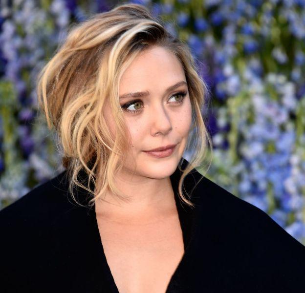 Très intéressée par la mode, Elizabeth Olsen a fait le front row du dernier défilé Dior à Paris.