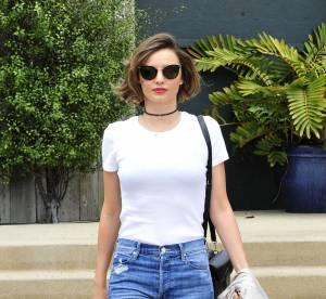 Miranda Kerr : jean et T-shirt blanc, pas besoin de plus pour séduire