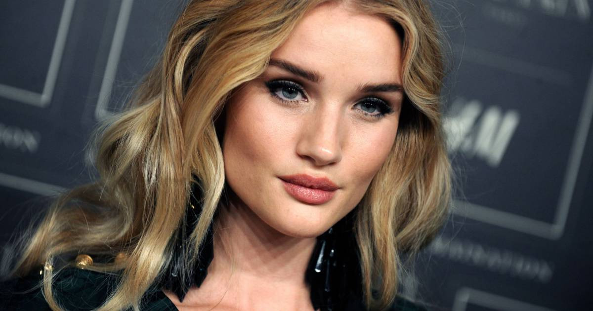Rosie Huntington-Whiteley : le secret de son corps de rêve