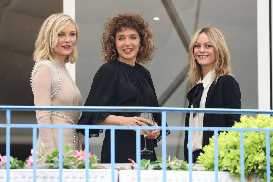 Cannes 2016 : les membres du jury se sont retrouvés au Martinez, mardi 10 mai, pour un cocktail.