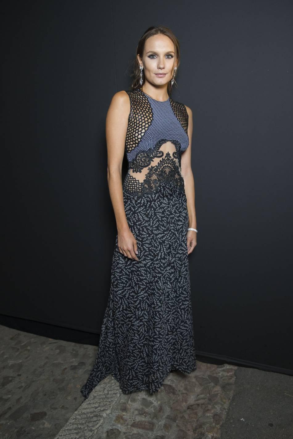 Ana Girardot multiplie les apparitions canons à Cannes.