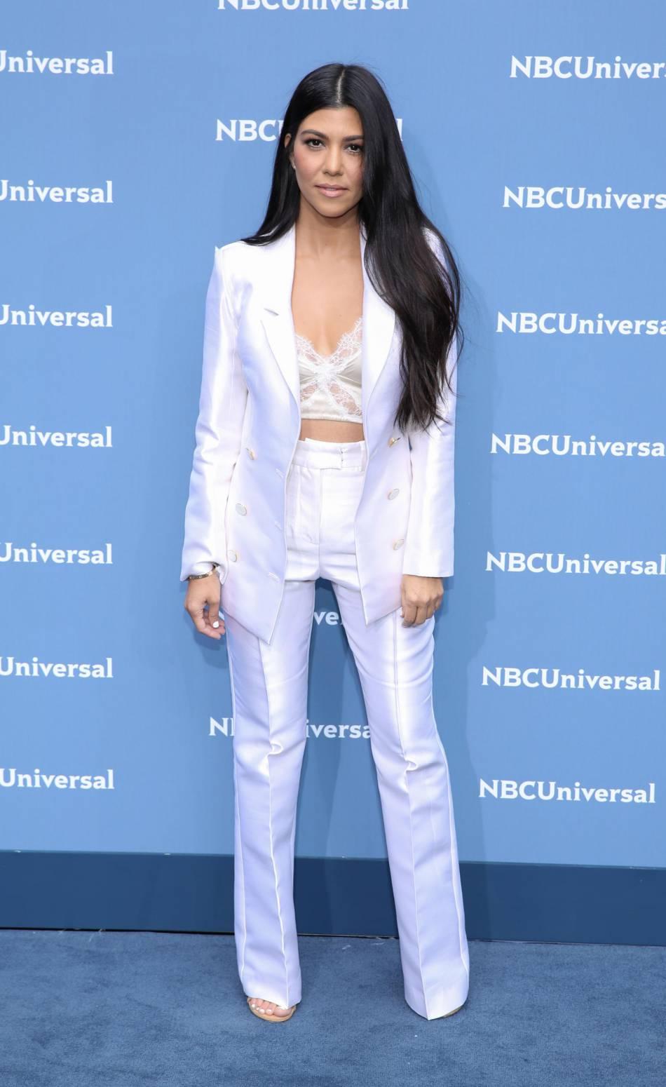 Kourtney Kardashian poste un nouveau cliché sur la Toile et affole ses fans.