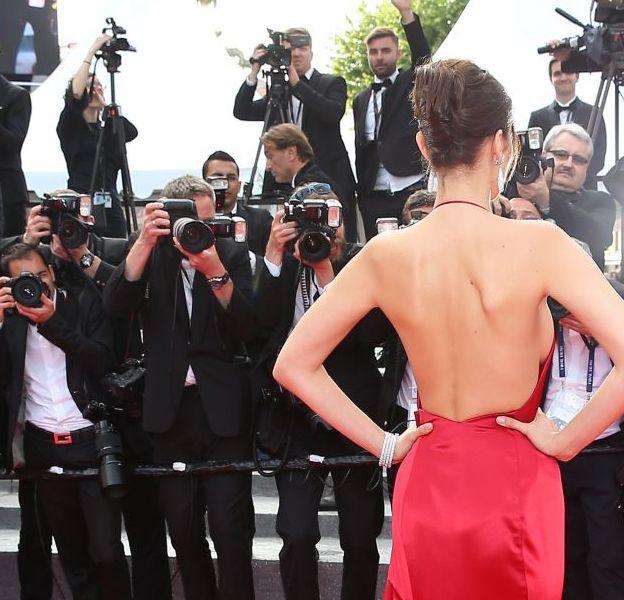 Bella Hadid en robe Alexandre Vauthier est tout simplement resplendissante.