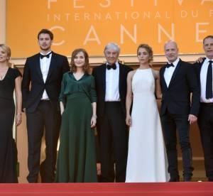 Cannes 2016 : Virginie Efira, Isabelle Huppert, montée des marches, jour 11