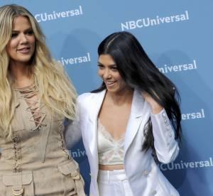 Khloe et Kourtney Kardashian : elles posent avec J-Lo et Jessica Alba