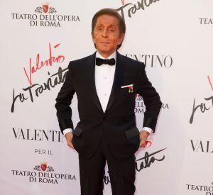 """Valentino Garavani a réalisé le costume de scène de Violetta pour """"La Traviata""""."""