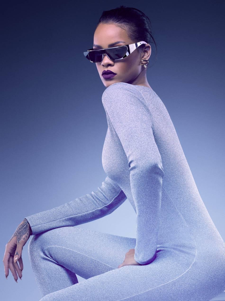 Le modèle Rihanna de Dior est très futuriste.