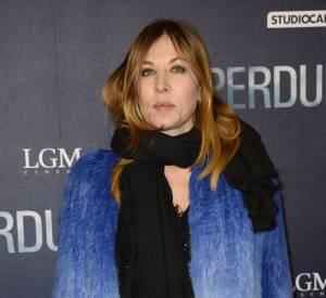 """Mathilde Seigner à l'avant-première du film """"Eperdument"""" au cinéma UGC Normandie à Paris le 29 février 2016."""