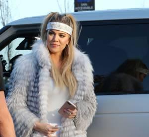 Khloe Kardashian, une bombe atomique très 90's et ultra moulée à Malibu