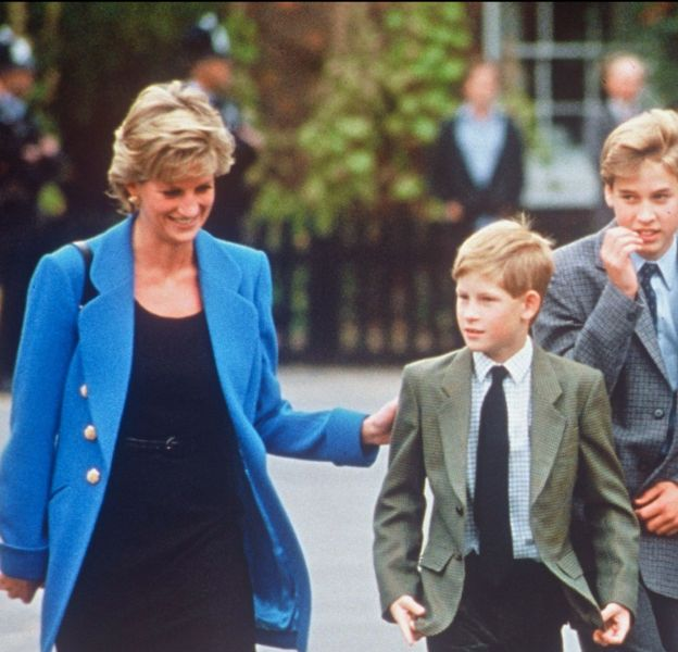 Lady Diana avec ses fils William et Harry, en 1995.