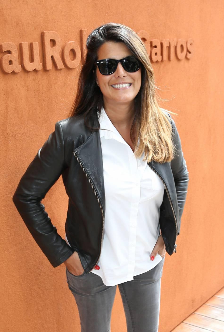 Karine Ferri a fait une apparition lumineuse à Roland,Garros.