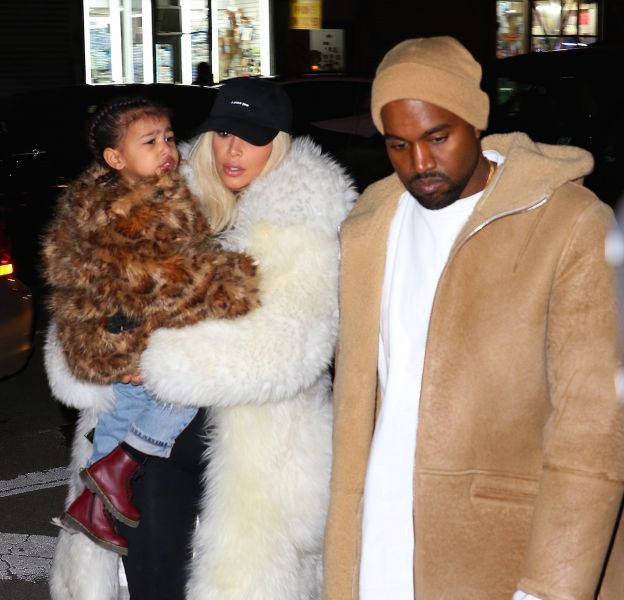Kim Kardashian a partagé des photos des vêtements de Saint West.