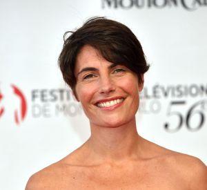 Alessandra Sublet, ravissante en petite robe noire coupe bustier. Elle change de look pour Monte-Carlo !