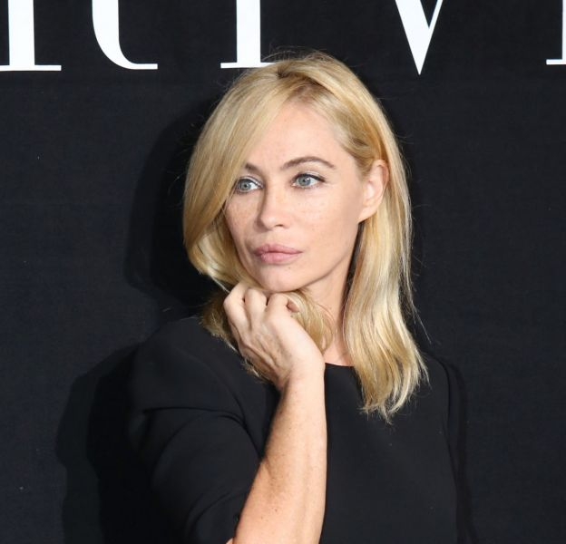 Emmanuelle Béart se confie au micro de RTL lors du Festival du film romantique à Cabourg.