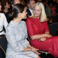 """Les princesses Victoria de Suède et Mette-Marit au forum """"Eat Stockholm Food"""" à Stockholm le 13 juin 2016."""