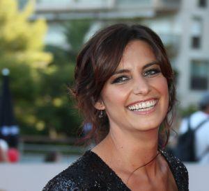 Laetitia Milot, souriante et sexy en diable avec un décolleté vertigineux, à Monte-Carlo, le 14 juin 2016.