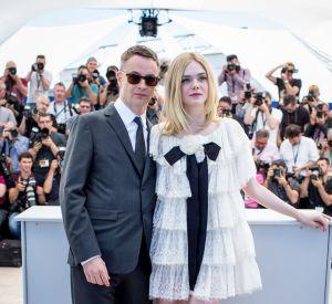 Elle Fanning et Nicolas Winding Refn, chic et sobre au festival de Cannes.
