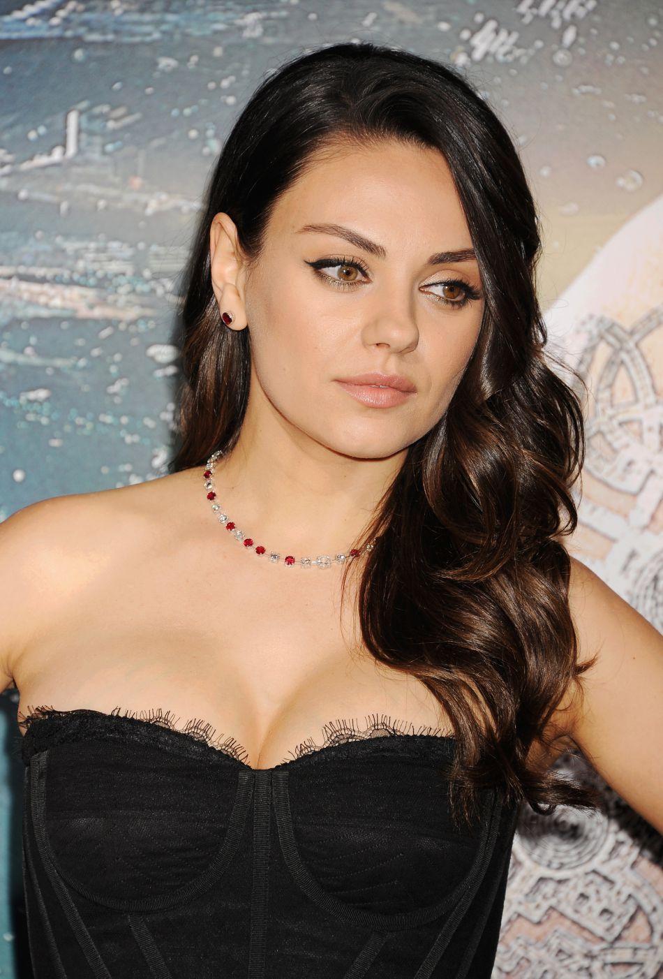 Mila Kunis exprimait récemment son envie d'agrandir la famille.