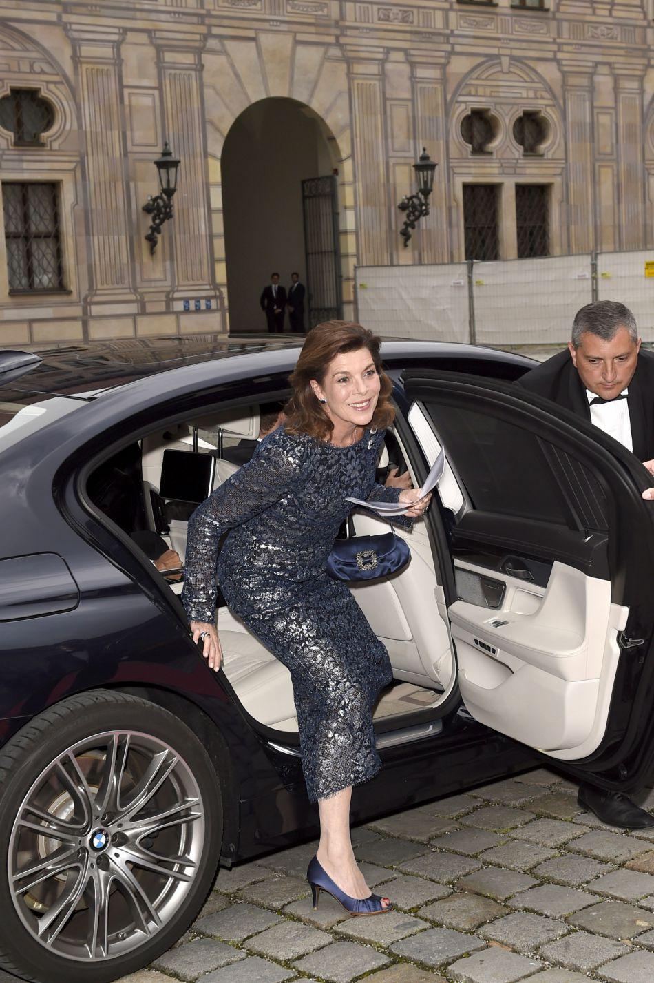 Présidente de l'Amade depuis 1993, Caroline de Monaco a assisté à un gala de bienfaisance, vêtue d'une ravissante robe brillante.
