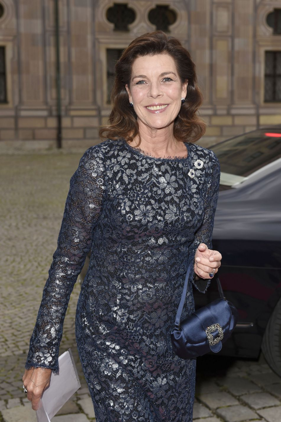 A 59 ans, la mère de Charlotte Casiraghi est très belle. Dommage que la princesse se fasse si rare devant les photographes.