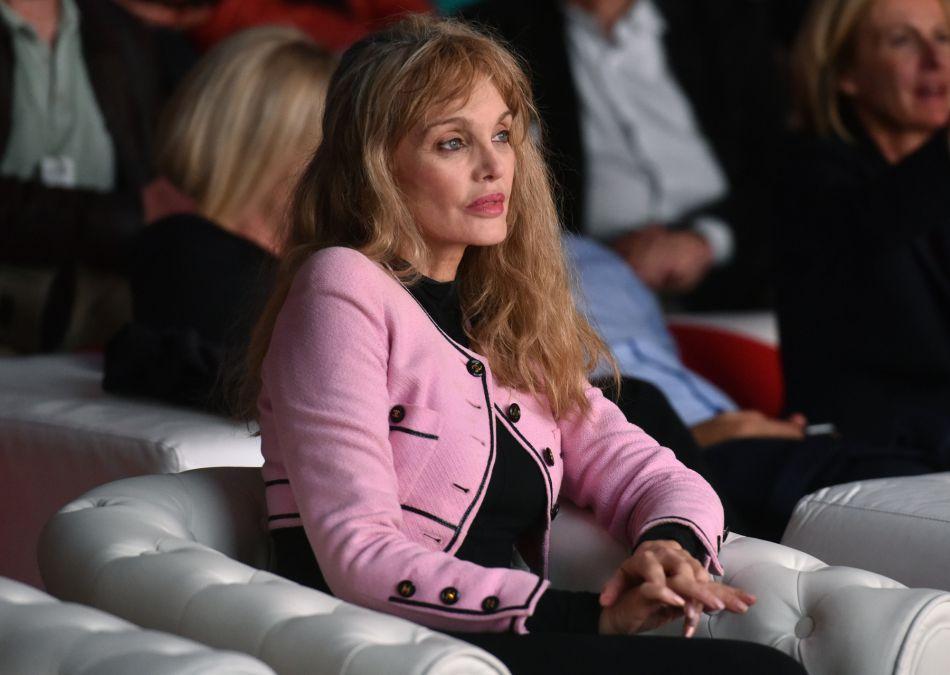 La chanteuse est membre du jury du Festival International du Film Culte.
