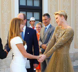 La princesse Charlène de Monaco et Jane Seymour à Monte-Carlo, lors d'un cocktail organisé au palais princier à l'occasion du festival de la télé.