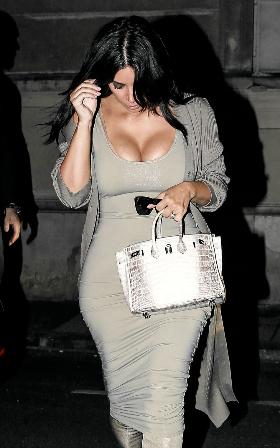 Kim Kardashian espérait que l'annonce des fiançailles sur Instagram était fausse !