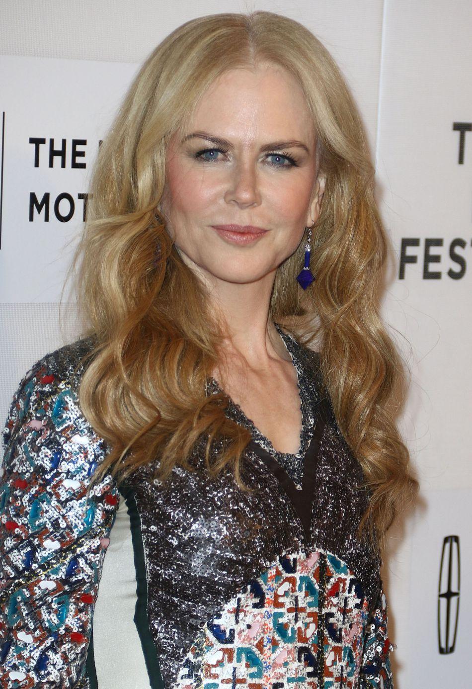 Au festival du film de Tribeca, en avril dernier, Nicole Kidman n'a pas opté pour la mise en beauté la plus flatteuse, en particulier côté coiffure.