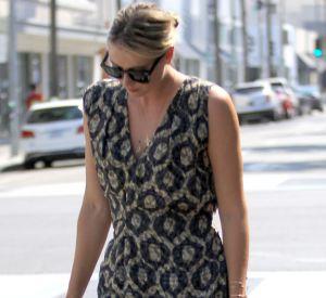 Maria Sharapova se remet comme elle peut de sa suspension, notamment en jouant les top models dans les rues de Los Angeles.