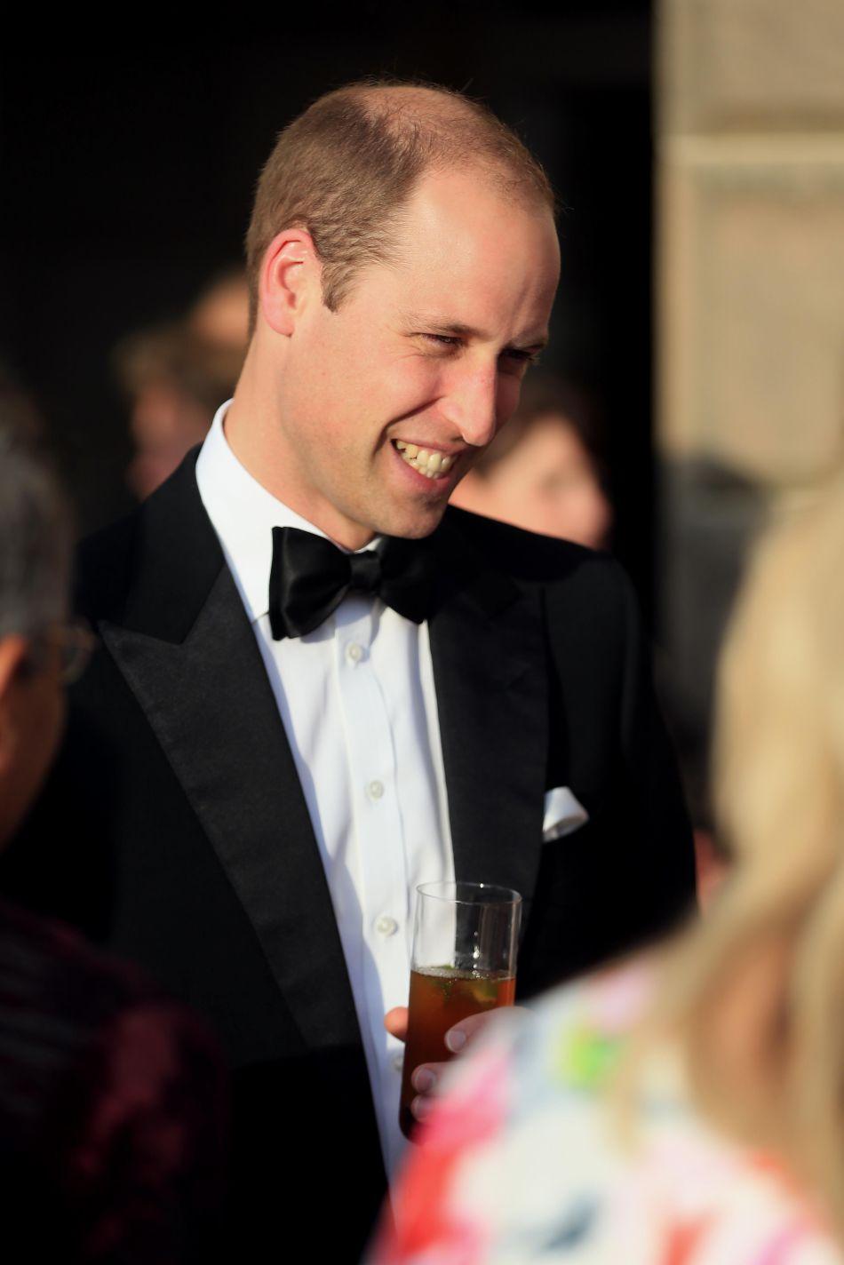 Taquin, le prince William a fait remarquer que c'est grâce aux talents de cuisinière de son épouse qu'il est si mince.