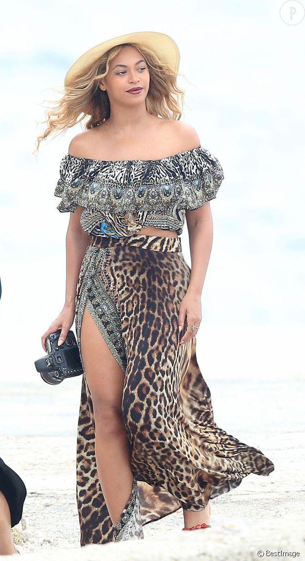 La tenue de plage vue par Beyoncé.