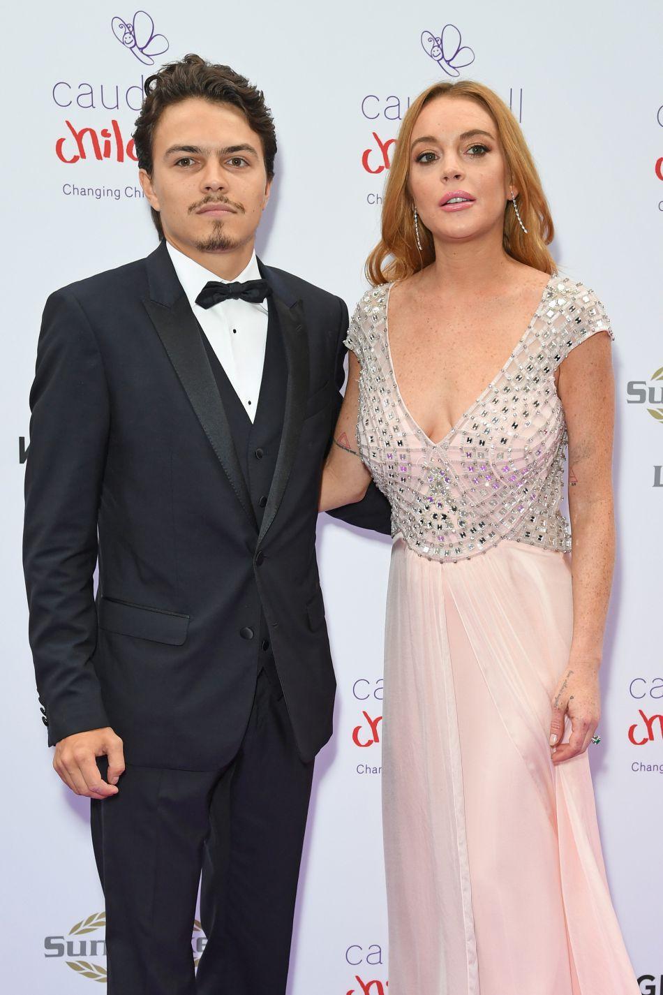 """Lindsay Lohan et son compagnon Egor Tarabasov au """"Butterfly Ball"""" au profit de l'association caritative """"Caudwell Children"""" au Grosvenor House Hotel à Londres le 22 juin 2016."""