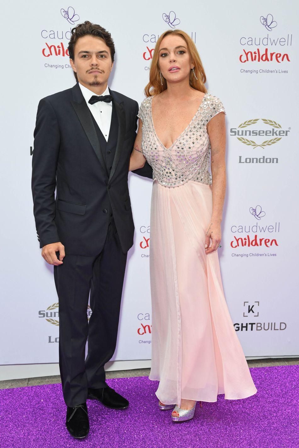 Lindsay Lohan a trouvé l'amour, elle l'amène avec lui en soirée mondaine.