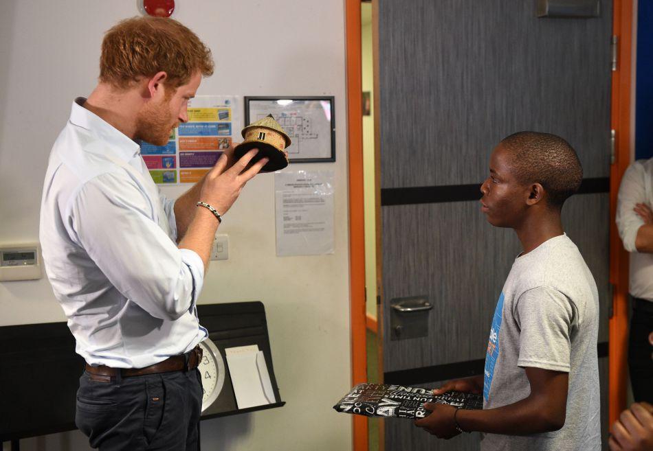 Le prince Harry est très pédagogue.