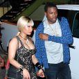 Nicki Minaj toute en décolleté dans les rues de Los Angeles le 28 juin 2016.